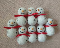 Снеговик из ниток и клея своими руками; фото, пошаговая инструкция
